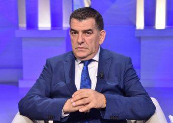 """""""Kambanat duhet që të bien që nesër"""", avokati i njohur Saimir Vishaj jep alarmin"""