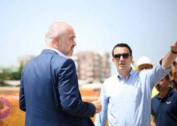 Rama dhe Veliaj në shtëpinë e re të Halil Sulës në Kashar: Shtëpitë e reja me standardet më të larta të ndërtimit