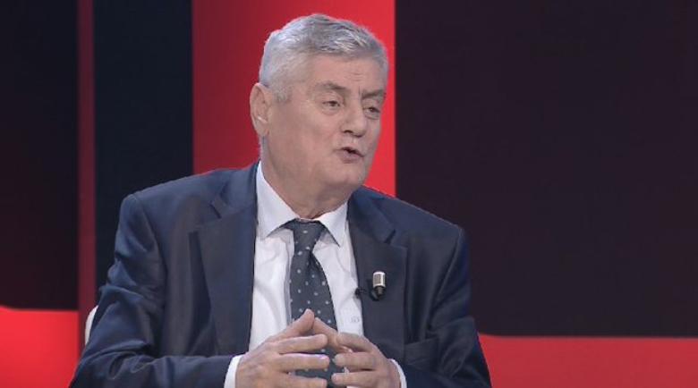 """Dashamir Shehi bën deklaratën e fortë: Brenda opozitës ka elementë që presin të """"rrëshqasin"""""""