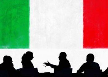 Sa 'emigrantë' italianë punojnë në Shqipëri (FOTO)
