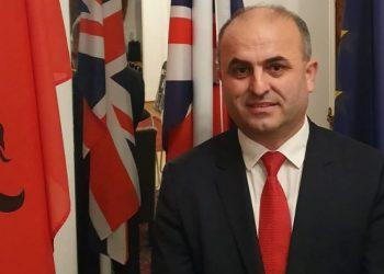 Ç'do ndodhë me emigrantët shqiptarë pas BREXIT? Flet avokati shqiptar në Britani