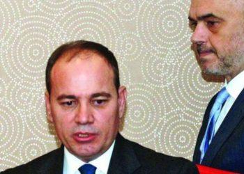 Lirimi i bujshëm i Endrit Dokles, Buajr Nishani thumbon keq kryeministrin Rama