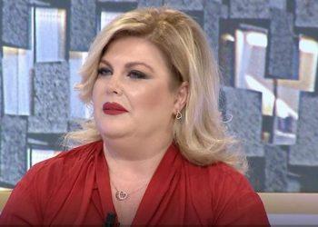 Eni Çobani bën rrëfimin prekës: Viti që lamë pas nisi me një ngjarje shumë të rëndë në jetën time