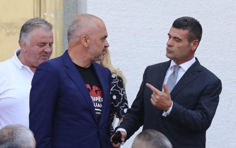 Astrit Patozi publikon foton, bën deklaratën e papritur: Më në fund një lajm i shumëpritur për të gjithë shqiptarët, dorëhiqet kryeministri Rama (FOTO)