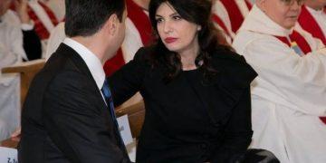 E thumboi pas marrëveshjes, Lulzim Basha reagon ndaj Jozefina Topallit