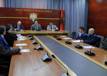 Tërmeti! Ekspertët italianë vijnë në Shqipëri, takim me kryeprokurorin