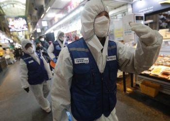 Koronavirusi mbërthen vendin, shkon në 11 numri i viktimave, mjeku i njohur jep lajmin e keq: Ja sa do të zgjasë epidemia në Itali