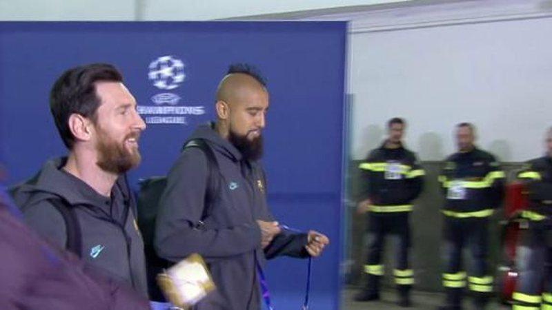 """""""Mirë se vjen në shtëpinë e babait"""", ky ishte reagimi i Leo Messit kur tifozi i Napolit i përmend emrin e Maradonës"""