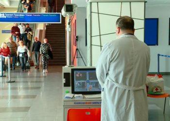 Paralajmërimi i frikshëm nga qeveria britanike: 500 mijë britanikë pritet të infektohen me koronavirus, gjendja do dalë jashtë kontrolli