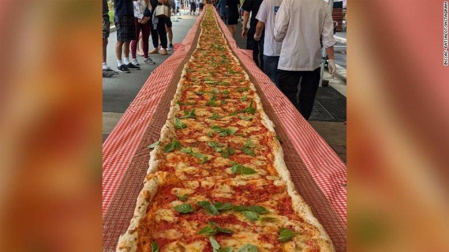 Restoranti italian në Australi gatuan picën 103 metra për të mbledhur fonde për zjarrëfikësit