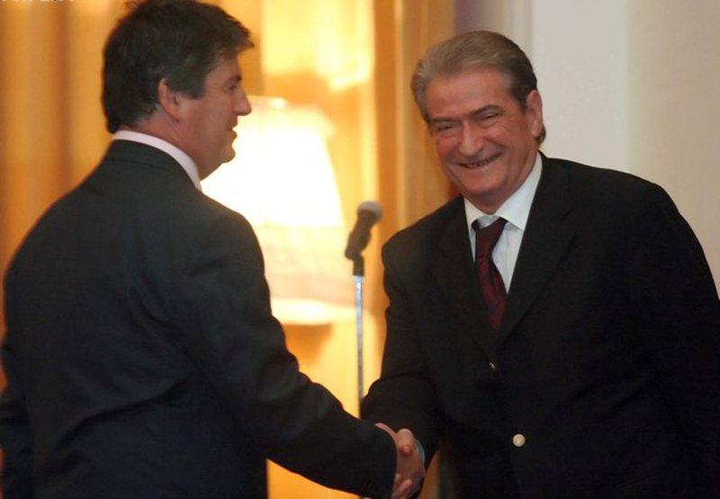 """""""Berisha duhet të kërkojë falje"""", vjen deklarata e papritur e Bamir Topit: Si doli 'jashtë loje' plani i ish-kryeministrit"""
