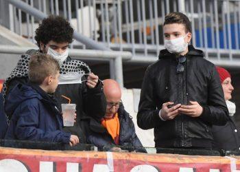 Koronavirusi nuk kursen as futbollistët, klubi italian vendoset në karantinë pasi rezultuan pozitiv