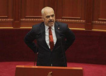 """Anëtari i Këshillit Kombëtar në PD paralajmëron """"tërmet"""" në politikën shqiptare: Do ndodhë shumë shpejt"""
