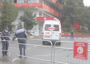 Koronavirusi nuk ndal qytetarët e Tiranës, shikoni çfarë po ndodh në rrugë dhe si paraqitet situata te Infektivi (FOTO)