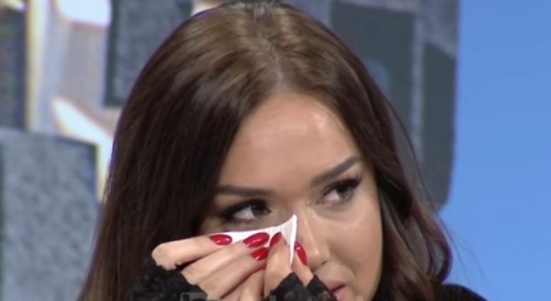 'Kam ankth' Prej 2 javësh në karantinë, përlotet Ilda Bejleri: Më duket sikur tavani po bie mbi kokë (VIDEO)
