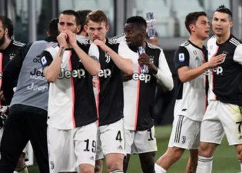 Juventus merr goditjen e madhe nga koronavirusi, 121 persona staf dhe futbollistë në karantinë, plasin tamponet