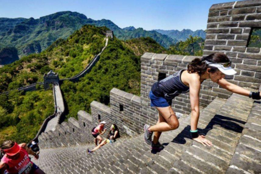 Muri i Madh hapet për turistët, Kina i rikthehet normalitetit