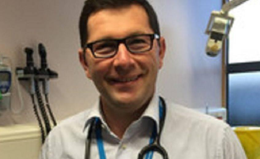 Dëshmia rrëqethëse e mjekut shqiptar me Covid-19: Ata mbi 70 vjeç i lëmë