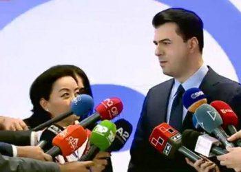 Ambasadorja amerikane zbarkon në selinë blu, Yuri Kim zbulon detajet e takimit