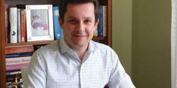 Epidemiologu Alimehmeti apel të fortë qeverisë: Të gjitha bashkitë përfshirë edhe Tiranën duhet të jenë të gjelbra, ja arsyeja pse