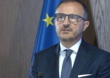 Rritja e frikshme e numrit të të infektuarve me COVID-19 dy ditët e fundit, ambasadori i BE del me mesazhin e fortë për gjithë shqiptarët
