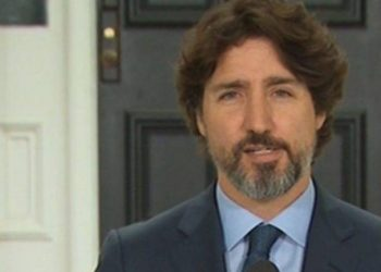 Pyetja e gazetarit lë pa fjalë për 20 sekonda kryeministrin (VIDEO)
