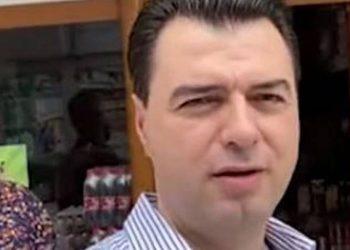 Basha nuk heq dorë nga gafat, 'bëhet lëmsh' gjatë takimit me biznesmenin në Korçë (VIDEO)