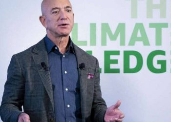 Rroftë karantina! Jeff Bezos e çon pasurinë në 172 miliardë dollarë