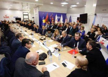 Katër deputetët shqiptarë dalin pozitiv me koronavirus