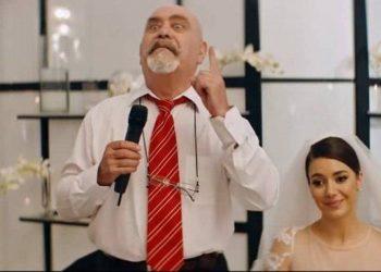 """""""Ishte një skenë e vështirë"""", aktori Koço Devole tregon se si e bëri për të qarë Elvana Gjatën"""