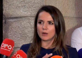 Rudina Hajdari publikon videon dhe i dërgon paralajmërimin e radhës kryeministrit Rama