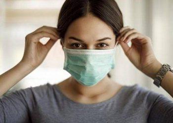 A janë të sigurta maskat dhe sa e vërtetë është që na lënë pa oksigjen? Ekspertët japin përgjigjet për pyetjet që na mundojnë të gjithëve