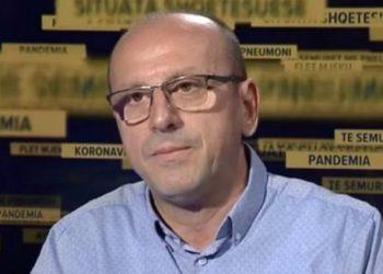 """""""Kjo është vala e parë e COVID-19 në Shqipëri"""", mjeku Mezini zbërthen situatën"""
