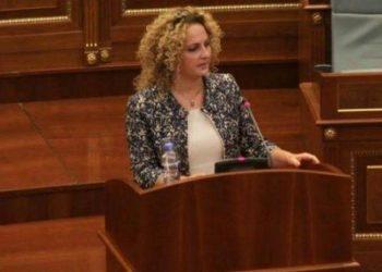 Infektohet nga COVID-19 sëbashku me 2 fëmijët e saj, deputetja shqiptare jep lajmin dhe ka një kërkesë për të gjithë