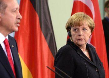 Tensionet Greqi-Turqi, Merkel telefonon Erdogan: Kjo është rruga e vetme