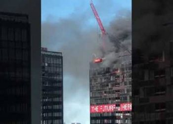 Panik në Bruksel, zjarr në katin e 27 të Kullës së Qendrës Botërore të Tregtisë (VIDEO)